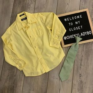 CHAPS yellow shirt and tie